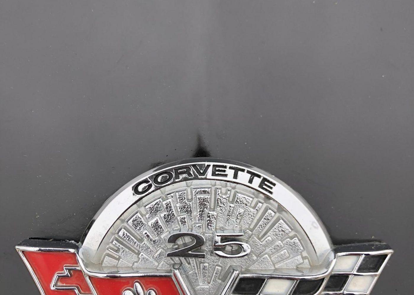 Indianapolis 500 1978 Corvette pace car